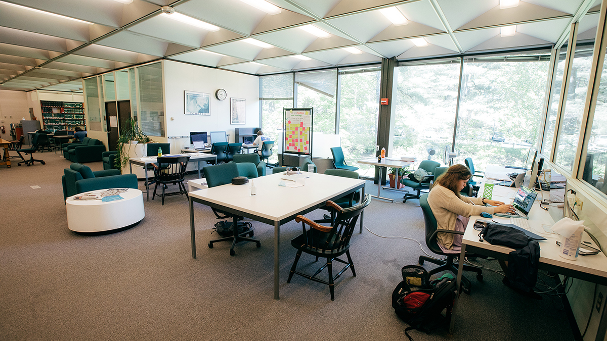 Kresge library study space at Dartmouth College